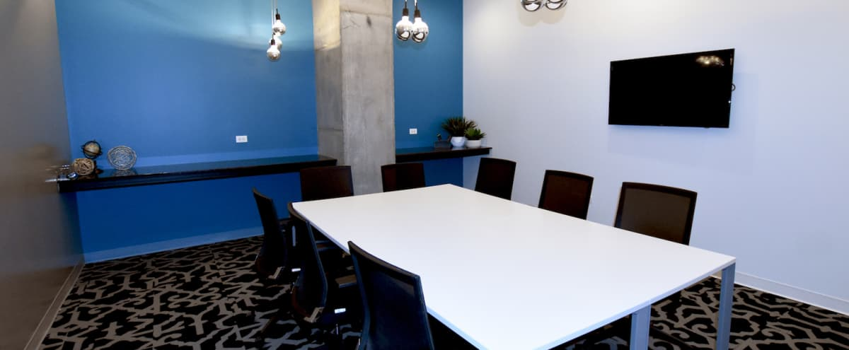 Modern Brainstorming Meeting Space in Arlington Heights Hero Image in Arlington Heights, Arlington Heights, IL