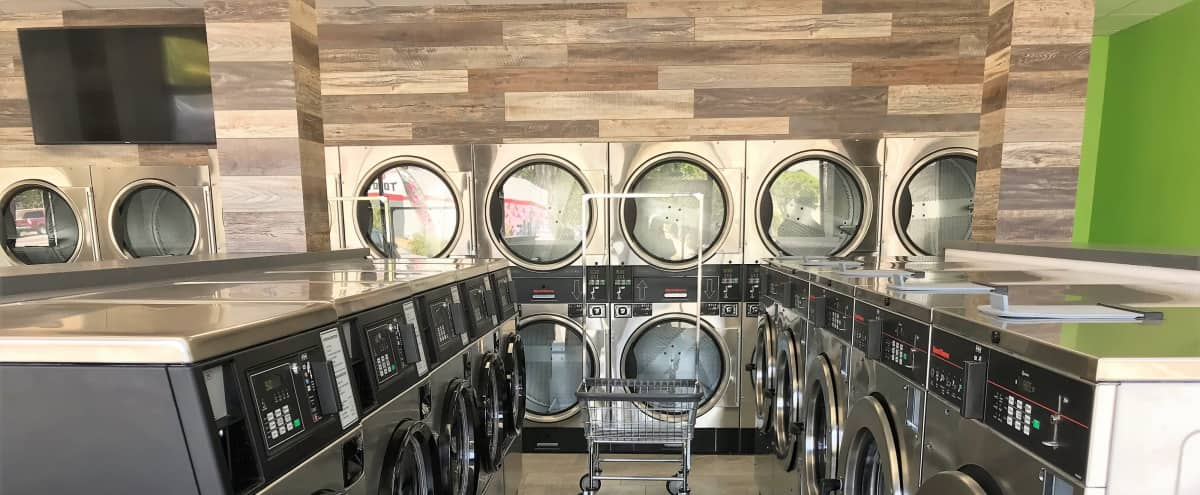 Recently Remodeled Laundromat in Eagle Rock in Los Angeles Hero Image in Northeast Los Angeles, Los Angeles, CA