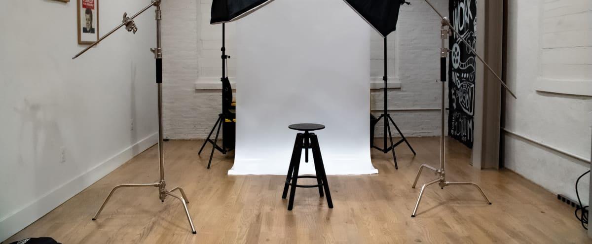 Creative Studio with Multiple Backdrops and Lighting in Philadelphia Hero Image in East Kensington, Philadelphia, PA