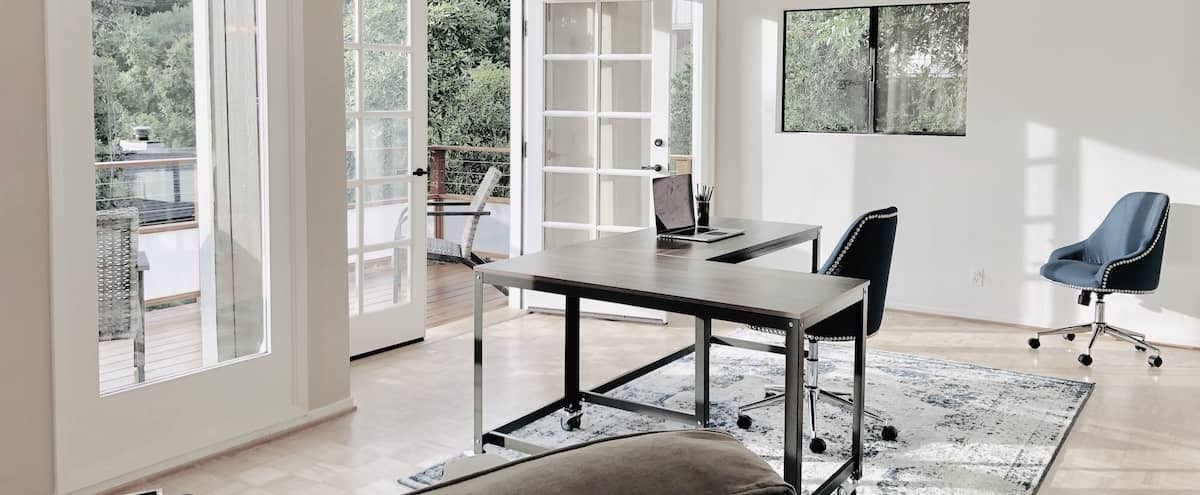 Creative Workspace Studio in Hollywood Hills with Picturesque View, Private Balcony in Los Angeles Hero Image in Hollywood Hills, Los Angeles, CA