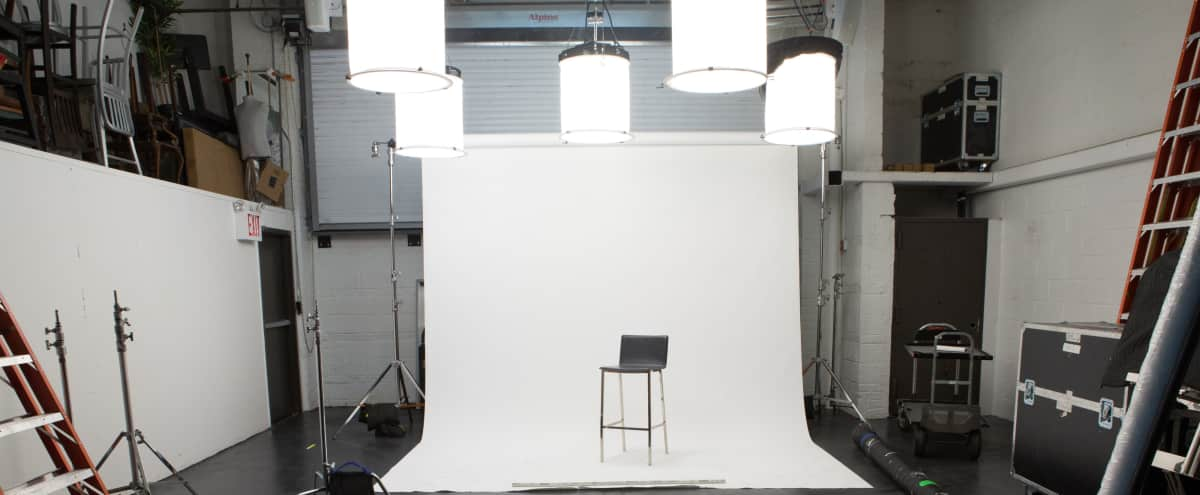 Professional Production Studio and Workspace in Astoria Hero Image in Ditmars Steinway, Astoria, NY