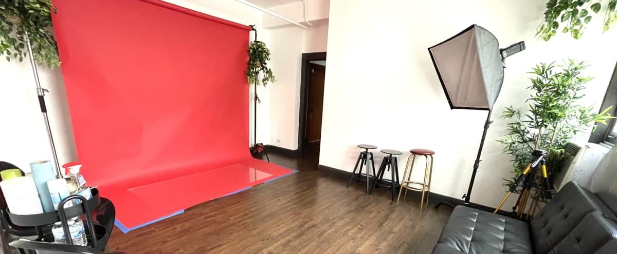 Intimate Photo Studio in Los Angeles Hero Image in Central LA, Los Angeles, CA