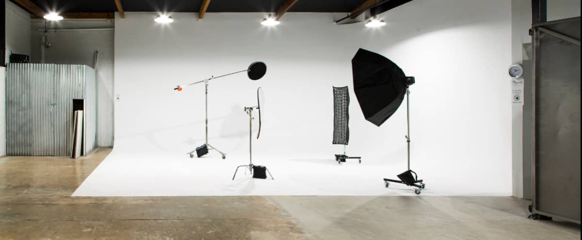 Spacious Commercial Studio Perfect for Large Projects (4) in Phoenix Hero Image in Encanto Village, Phoenix, AZ