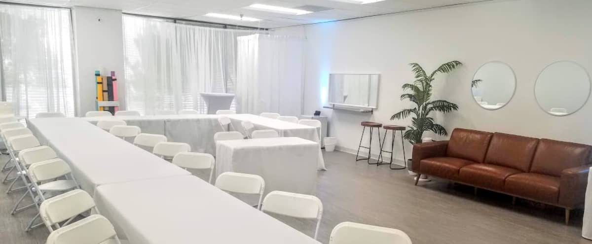Chic Space for Presentations in North Houston in Houston Hero Image in undefined, Houston, TX