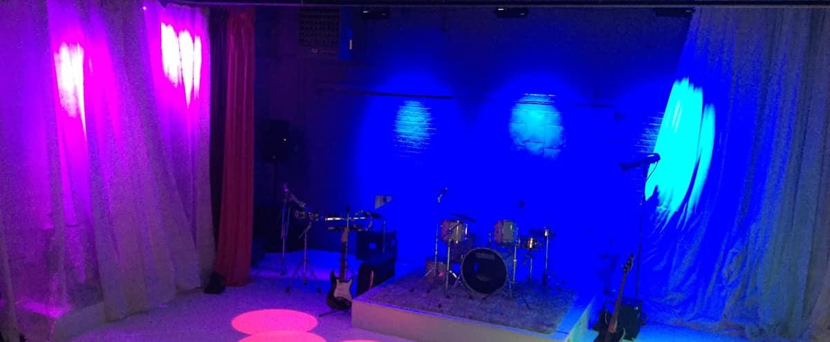 Spacious Sound Stage w/ Multiple Amenities & Functions in Evanston Hero Image in Evanston, Evanston, IL