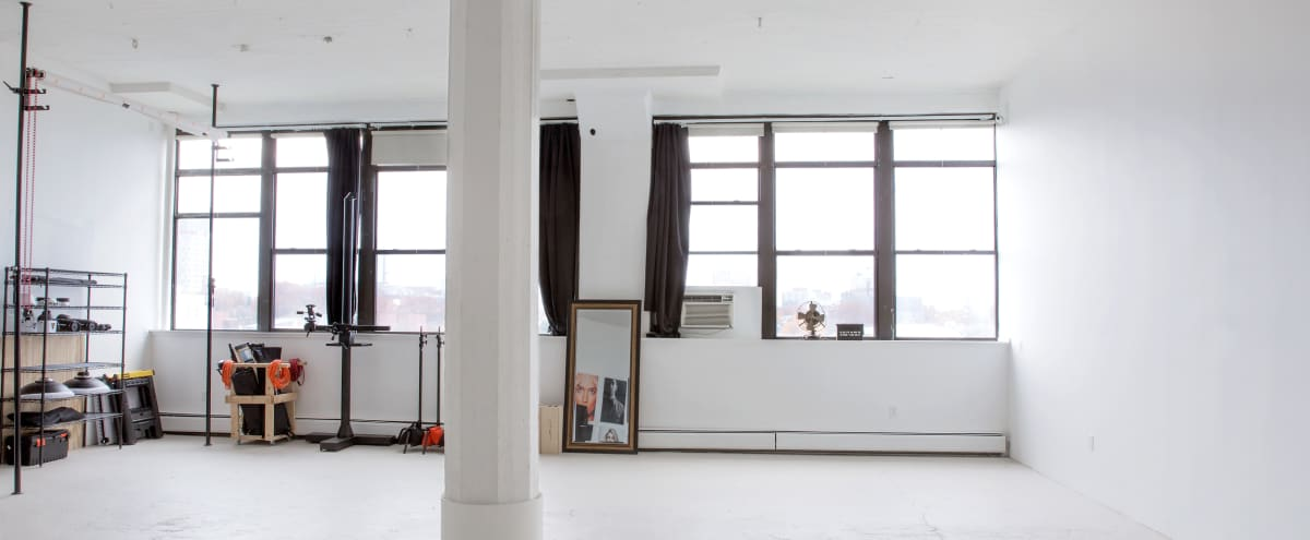 1,200 sq ft Natural Light Studio with 13ft Ceilings in Somerville in Somerville Hero Image in Inner Belt, Somerville, MA