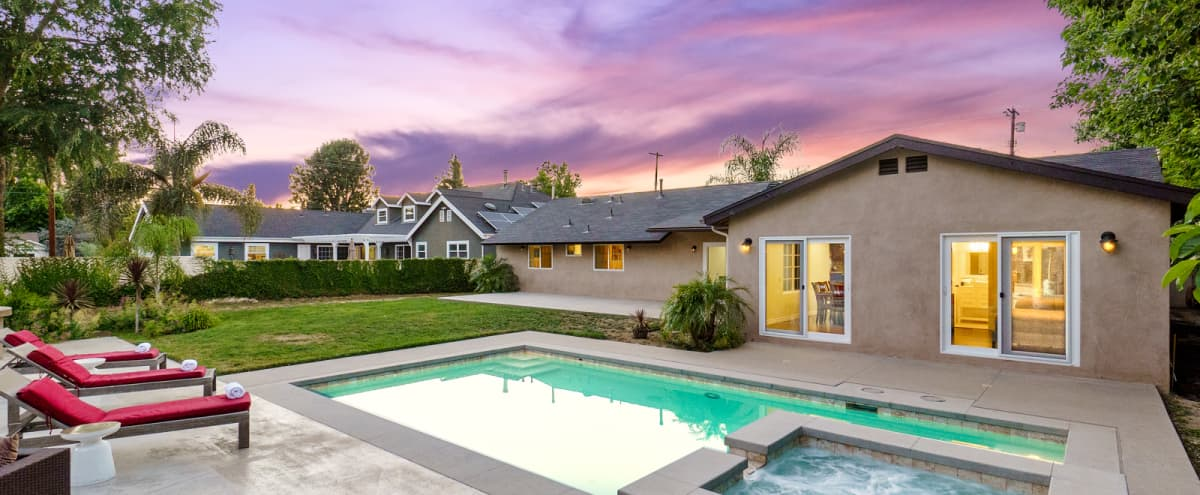 Huge 6B7B Erwin Estate with Tennis & Basketball court in Los Angeles Hero Image in Woodland Hills, Los Angeles, CA