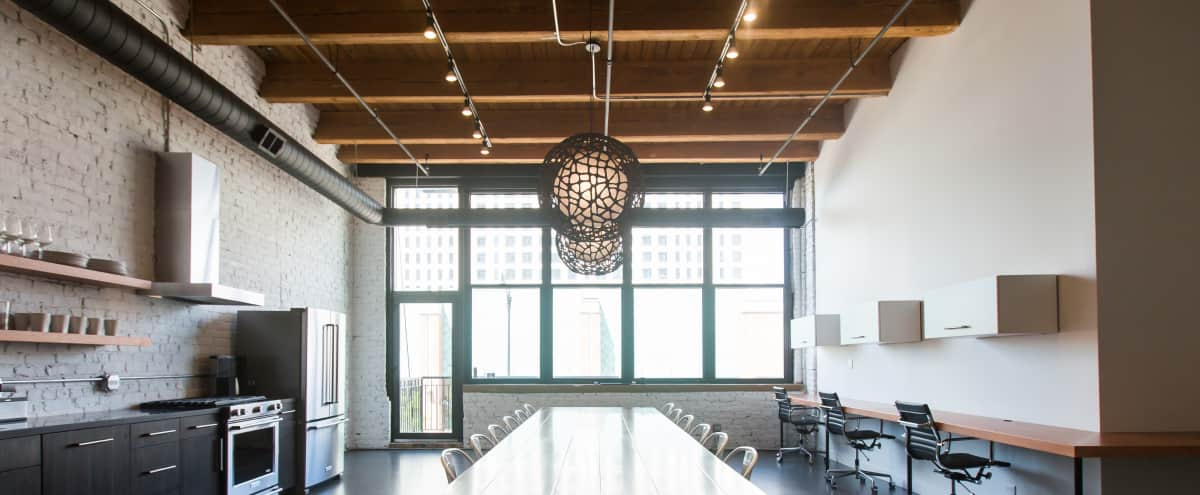 Bright, Light Filled Loft Perfect for Small Gatherings in Chicago Hero Image in South Loop, Chicago, IL
