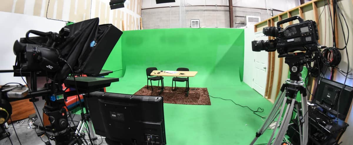 Professional Green Screen Room in Orlando Hero Image in undefined, Orlando, FL