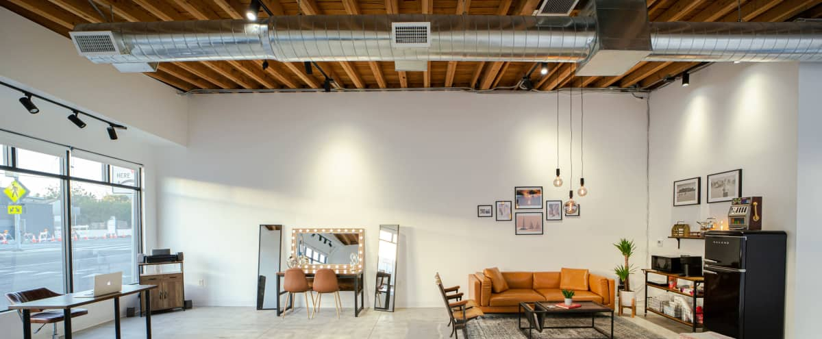 Modern Photo Studio with Natural Light in Los Angeles Hero Image in Northeast Los Angeles, Los Angeles, CA
