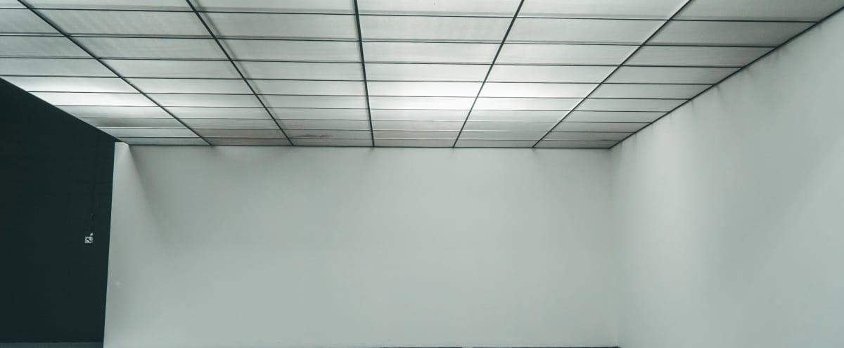 Multi Set Warehouse w/ Interchangeable led light Ceiling in Atlanta Hero Image in undefined, Atlanta, GA