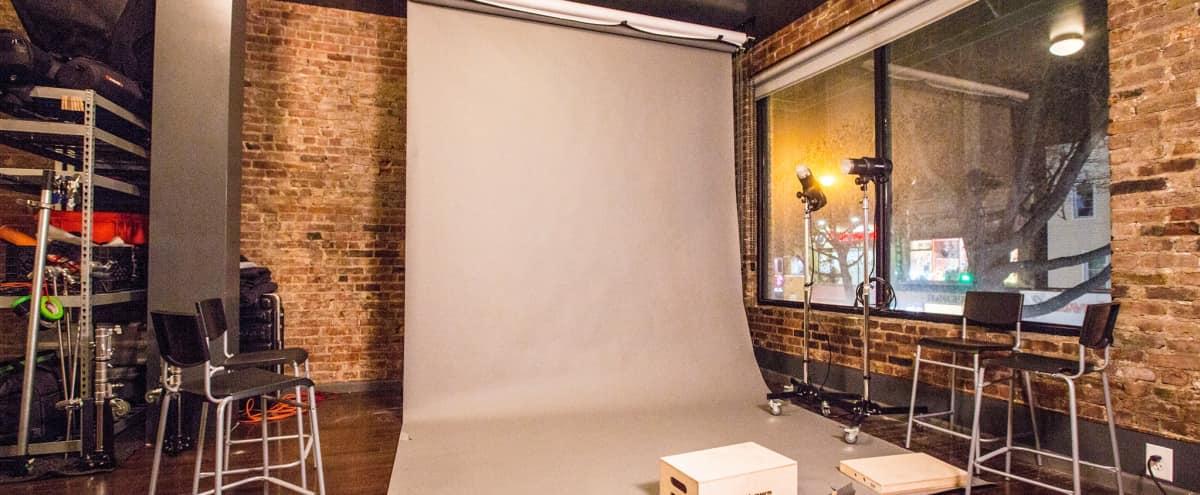 Beautiful Photo/Video Studio on Steinway Street. in Long Island City Hero Image in Astoria, Long Island City, NY