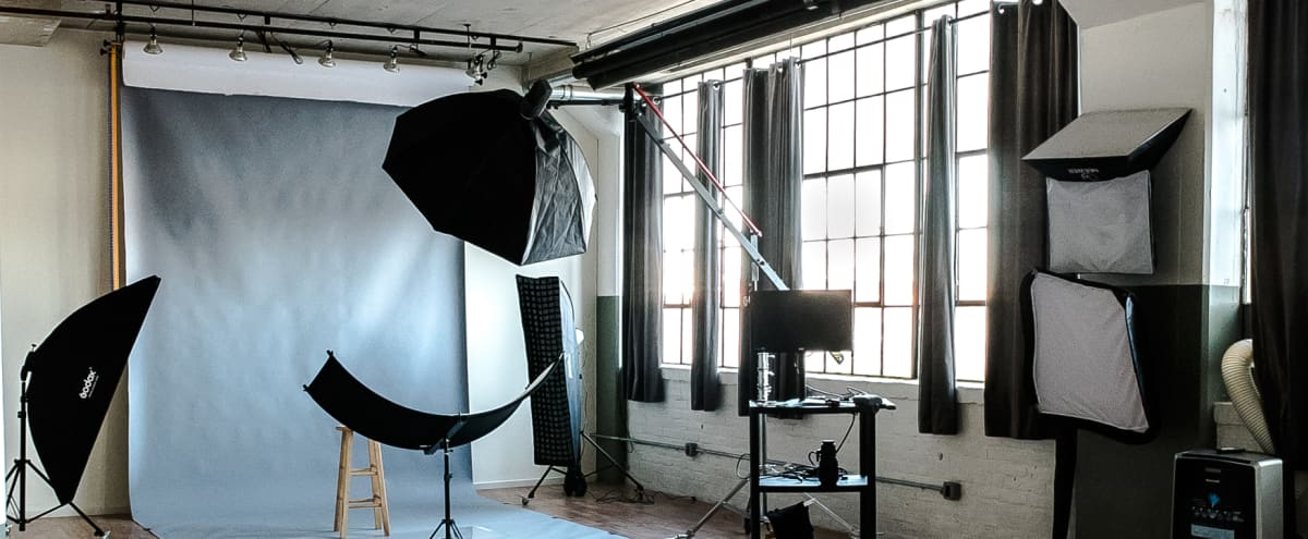 ALL INCLUSIVE & FULLY EQUIPPED PHOTO STUDIO in Philadelphia Hero Image in Frankford, Philadelphia, PA