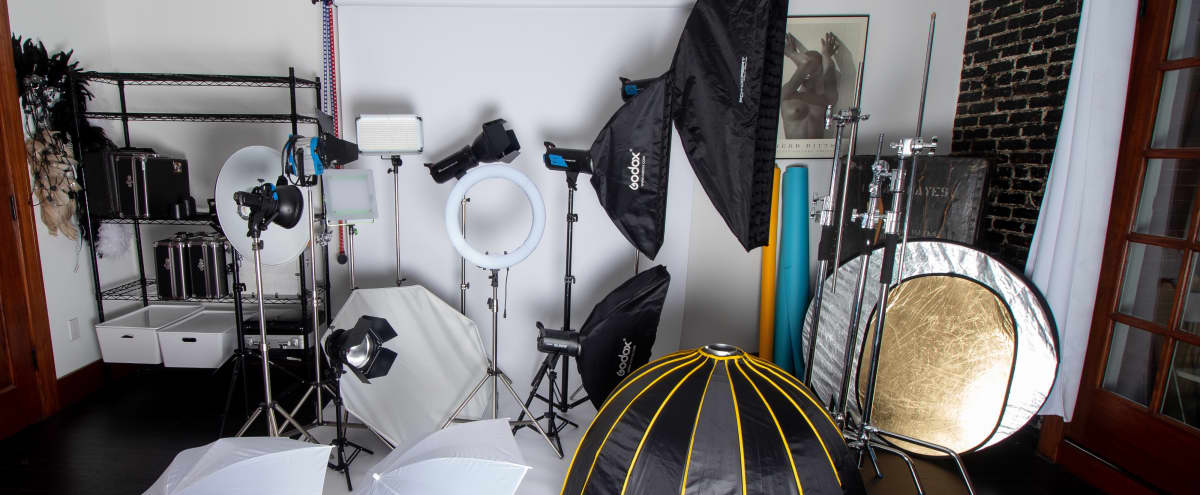 Boutique Photography studio with balcony & downtown city views in los angeles Hero Image in Westlake South, los angeles, CA