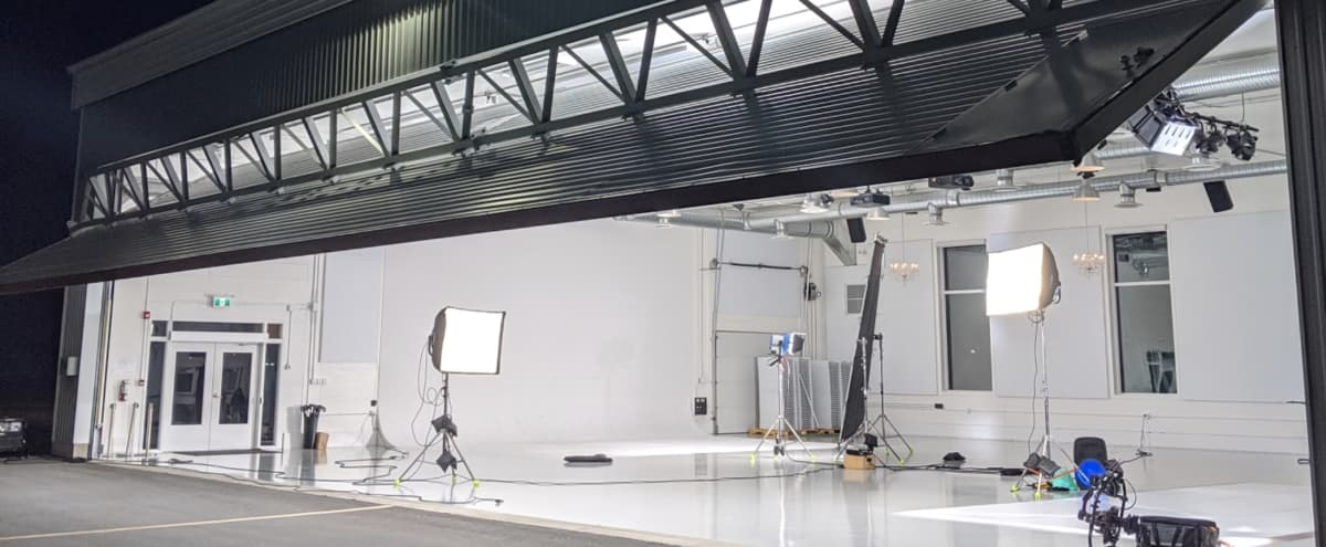 Big and Bright Studio Hangar with Cyc (Infinity) Wall in Abbotsford Hero Image in South Poplar, Abbotsford, BC
