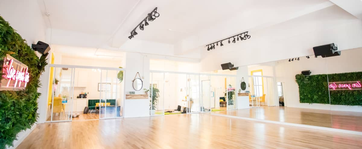 Bright Indoor Dance Studio Great for Events, Pop Ups and Workshops in San Francisco Hero Image in Lower Nob Hill, San Francisco, CA