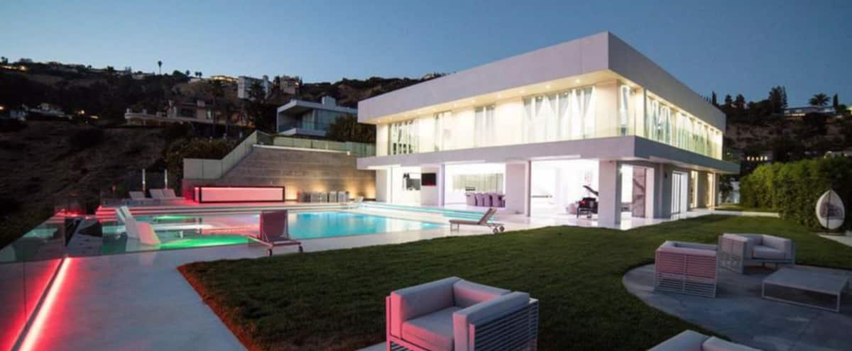 Hollywood Hills Elegant Mansion Los Angeles Ca Event Peerspace - Hollywood-hills-architectural-masterpiece