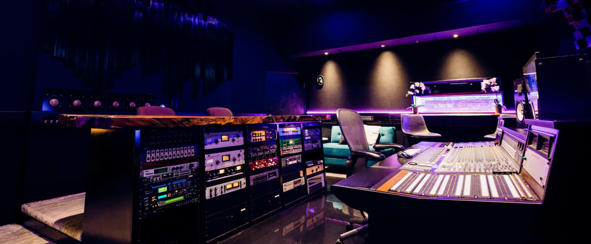 The Valleys Premier Recording Studio in Van Nuys Hero Image in Lake Balboa, Van Nuys, CA