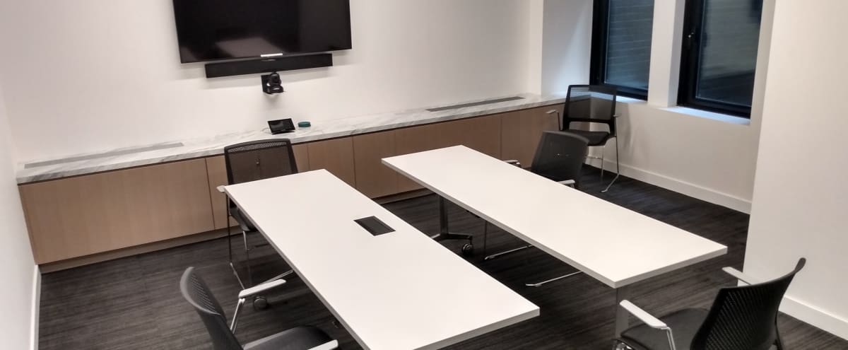 Modern Off Site Conference Meeting Room (D) in Midtown, Close to Bryant Park in New York Hero Image in Midtown, New York, NY