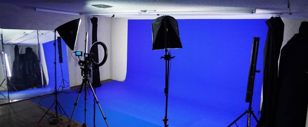 Green Screen | Blue Screen Photo Video Production Studio or Black White Backdrop + Dressing Room | Showers in Las Vegas Hero Image in Palomino Area, Las Vegas, NV