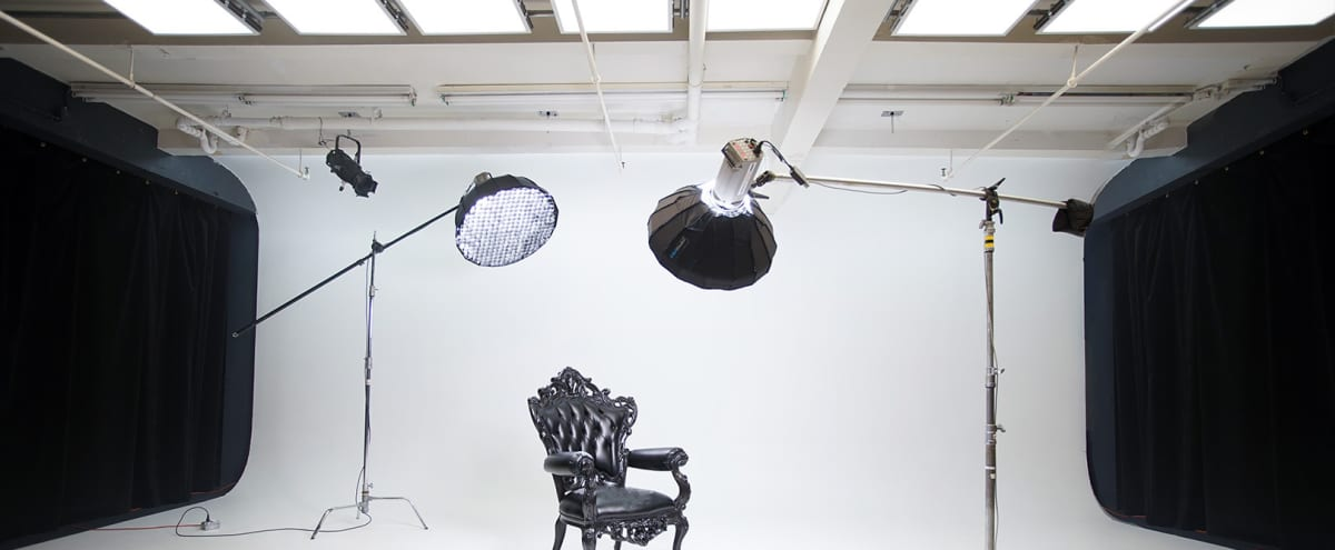 3000 sqft Cyclorama (25ft)  Loft Studio in New York Hero Image in Midtown, New York, NY