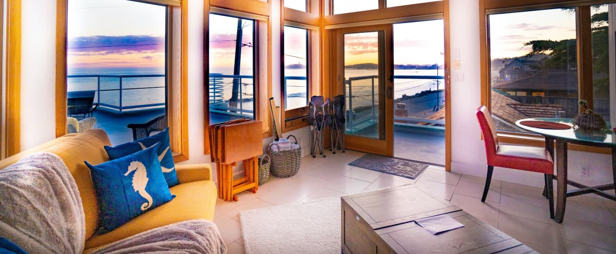 Oceanfront Penthouse with Amazing Views in Half Moon Ba Hero Image in undefined, Half Moon Ba, CA