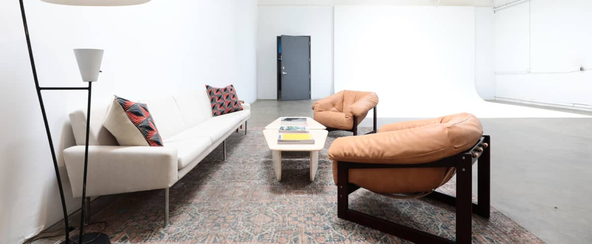 Boutique Studio - Cyc, Lighting, Camera package included! NOHO in North Hollywood Hero Image in North Hollywood, North Hollywood, CA