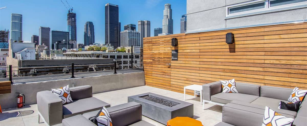 Beautiful DTLA Loft with great Lighting in Los Angeles Hero Image in Downtown, Los Angeles, CA