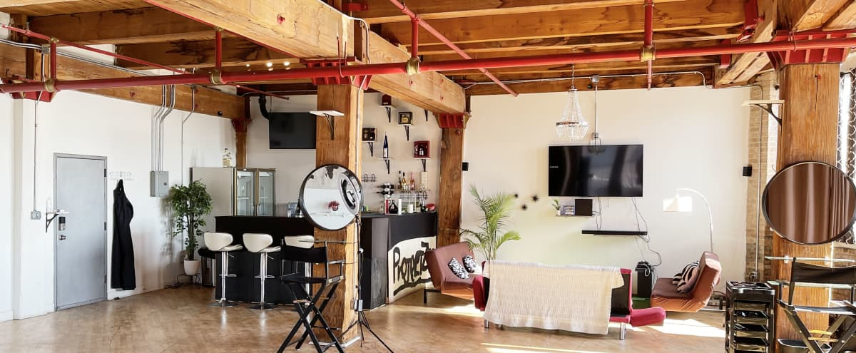 Upscale South Loop Photo Loft in Chicago Hero Image in Lower West Side, Chicago, IL
