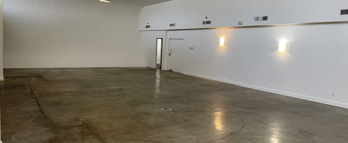 5000 Sq. Ft. Silverlake White Cyc Studio with  Gourmet Kitchen and Parking in Los Angeles Hero Image in Westlake, Los Angeles, CA