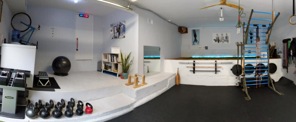 Beautiful fully equipped private fitness and wellness studio on secluded street in Woodland Hills Hero Image in Woodland Hills, Woodland Hills, CA