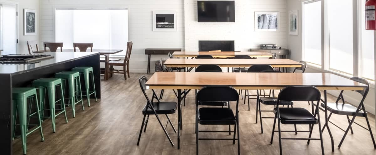 Modern Space with Full Kitchen - Great for Meetings & Workshops in Beaverton Hero Image in undefined, Beaverton, OR