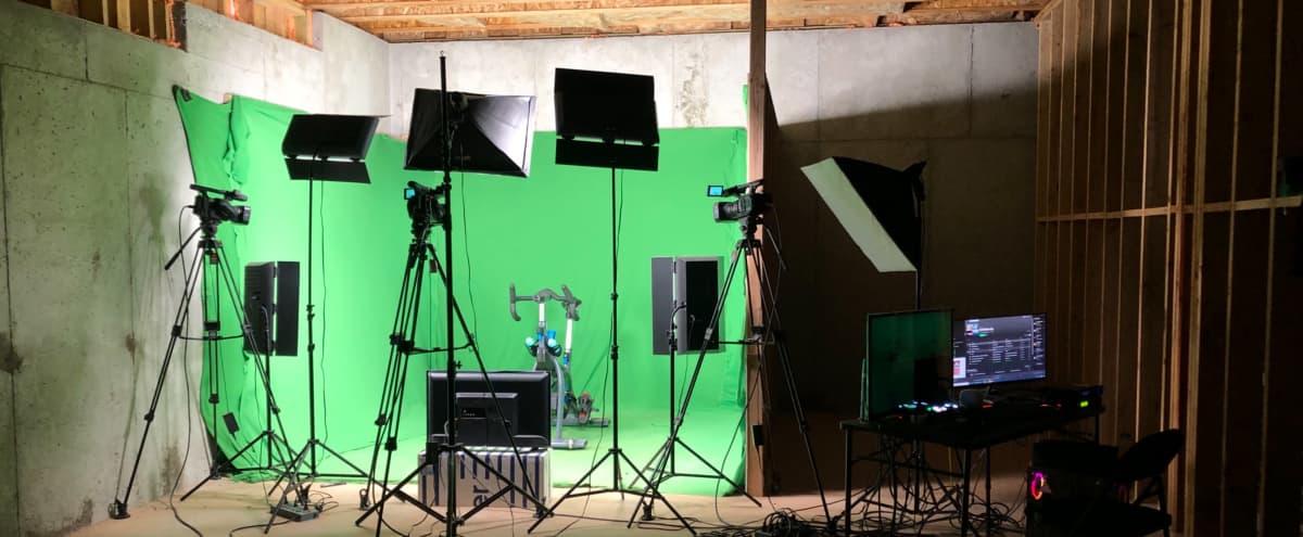 Spacious, suburbia green screen studio in Powder springs Hero Image in undefined, Powder springs, GA