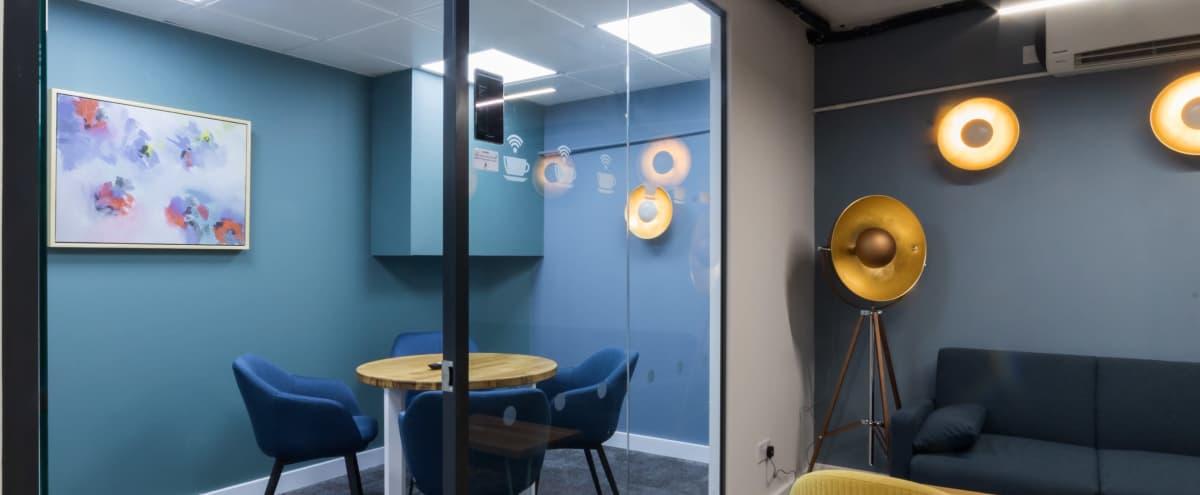 Modern 4 Person Meeting Room in London Hero Image in Wimbledon, London,
