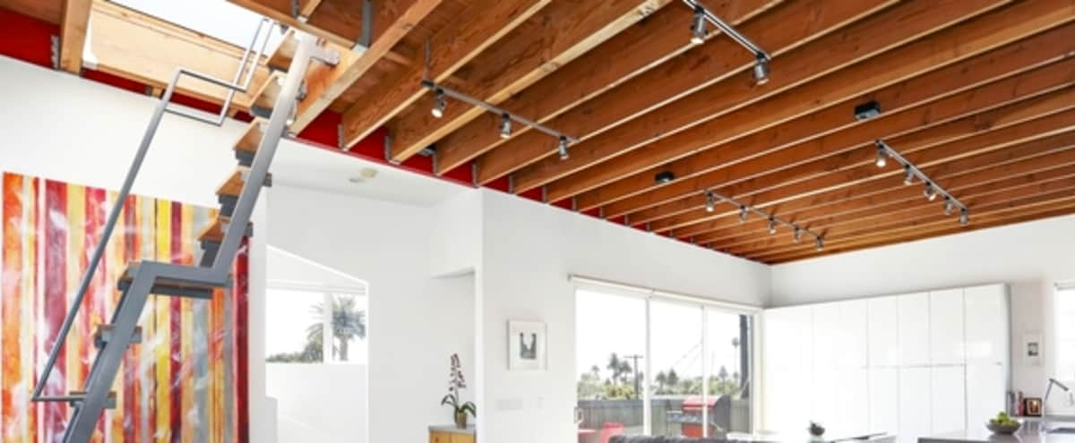 BEAUTIFUL 2BR 3 STORY ARCHITECTURAL HOME WITH ROOF DECK. PLENTY OF NATURAL LIGHT!! MUST SEE! in Los Angeles Hero Image in undefined, Los Angeles, CA