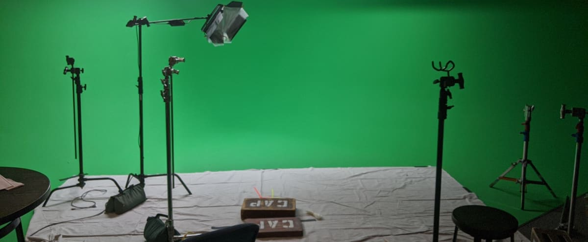 High Quality Green Screen with Equipment in Denver Hero Image in Central, Denver, CO