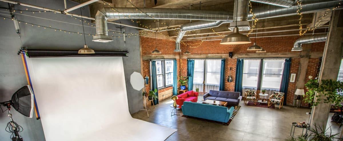 Photo studio / Film location in a DTLA Penthouse Loft in Los Angeles Hero Image in Central LA, Los Angeles, CA