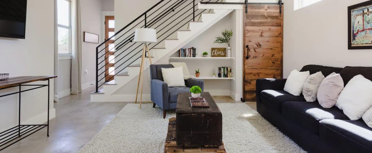 Instagram-worthy Modern Farmhouse in Austin Hero Image in St. Johns, Austin, TX