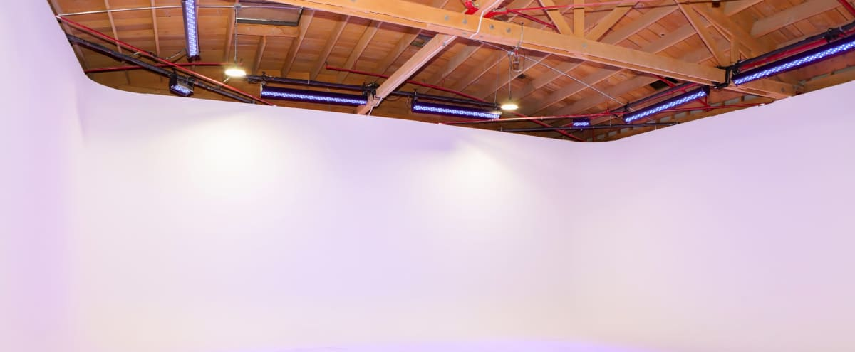 3 wall Cyclorama,Near Downtown Los Angeles, Production Studio,Industrial Film Space,      Dance Studio,Podcast Stage in Los Angeles Hero Image in Boyle Heights, Los Angeles, CA