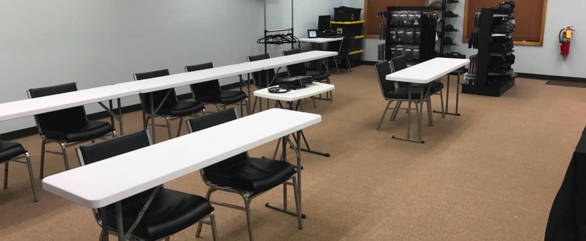 Functional 800 Sq Ft Training Space in Villa Park in Villa Park Hero Image in Villa Park, Villa Park, IL