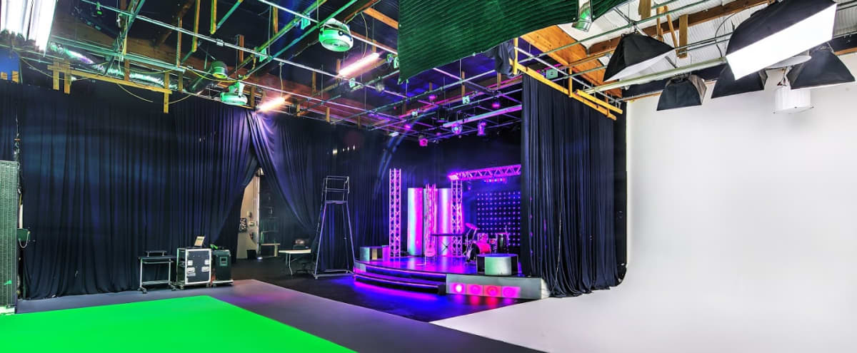 Production Studio - White Cyc - Green Screen - Black Void (Stage 1) in Woodland Hills Hero Image in Woodland Hills, Woodland Hills, CA