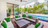 Exquisite LA Modern w/ Open Floor Plan in Sherman Oaks, Los Angeles, CA | Peerspace