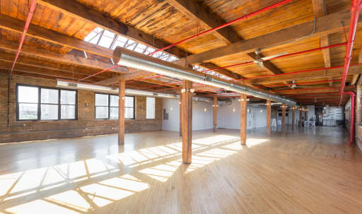 warehouses in Queens County | Peerspace