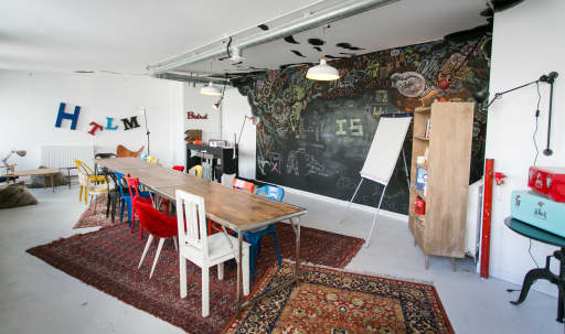creative meeting spaces in West Town | Peerspace