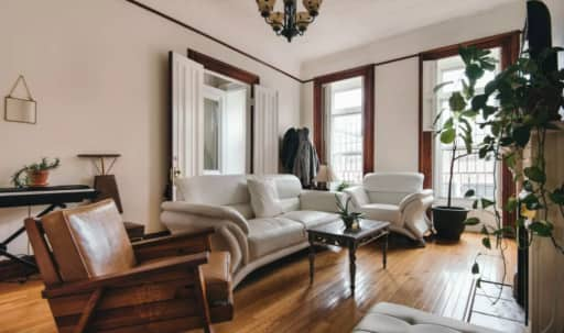 brownstones in New York | Peerspace