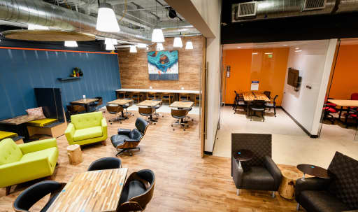 group work spaces in Chicago | Peerspace